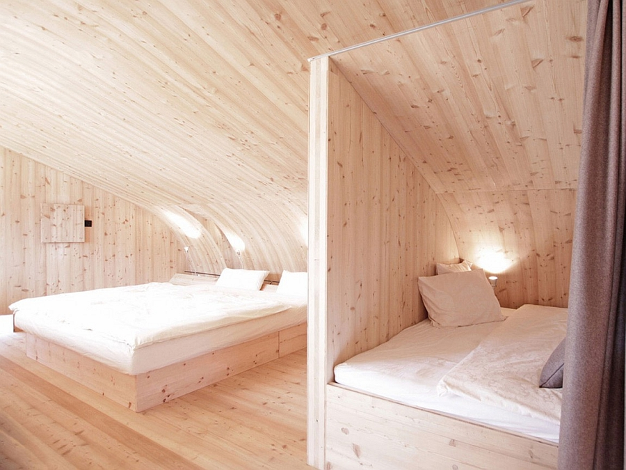 Space-saving bedroom design for small cabins