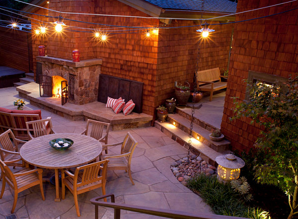 String lights in an inviting backyard