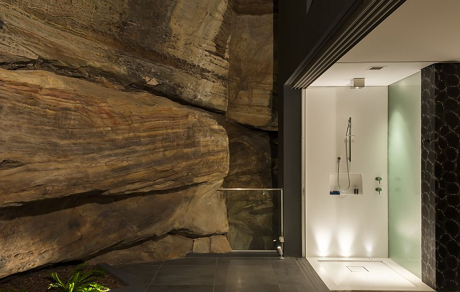 Contemporary Ensuite Bathroom With Cutting-Edge Design in Sydney