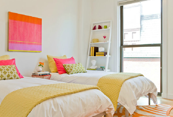 Twin beds and vivid accents