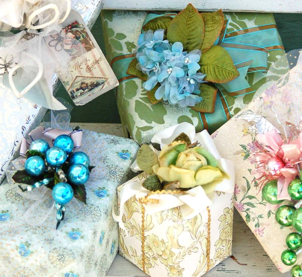 View In Gallery Vintage Indie Gift Wrap Idea