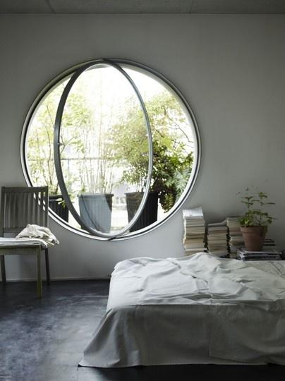 Unique Window Designs That Welcome The Brilliant Light