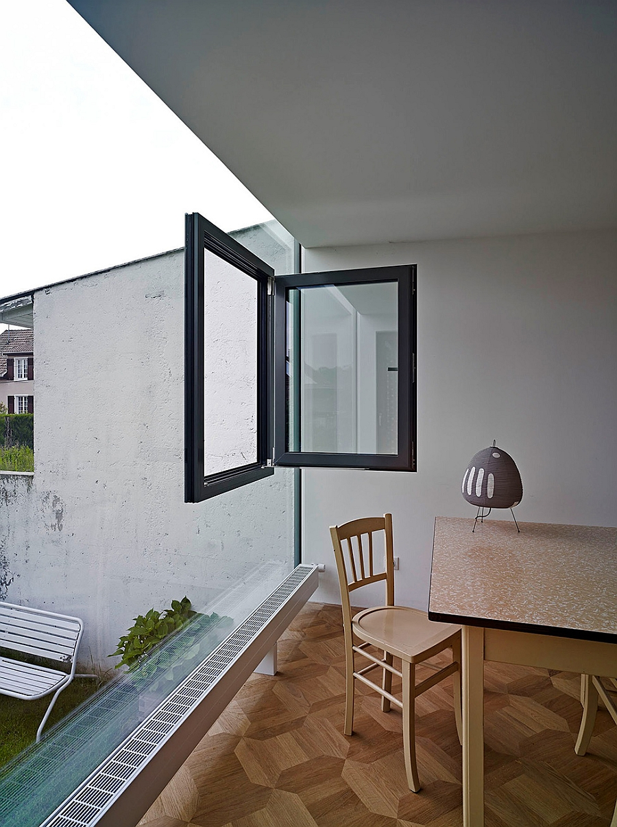 ingenious glass cube showcases a bold and brilliant home extension. Black Bedroom Furniture Sets. Home Design Ideas