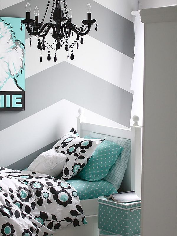 huge chevron pattern in the bedroom