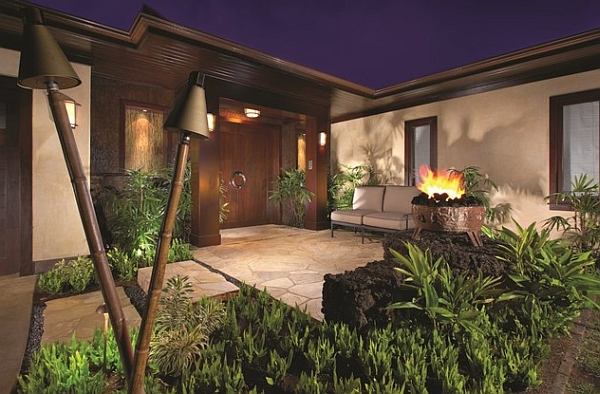 A closer look at those enchanting Tiki torches!