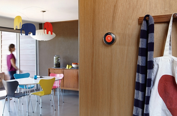 Beautiful design of the Nest Thermostat