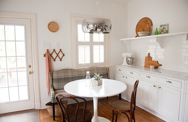 Bright and white dining area in the kitchen