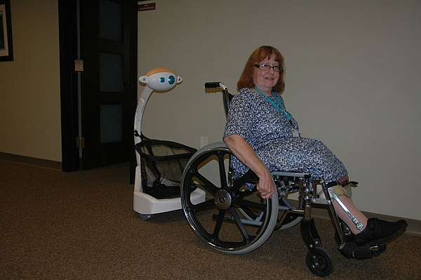 Budgee robot can help the elderly and the disabled