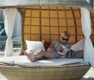 Cocoon Beach Daybed Allows You To Lounge In Style