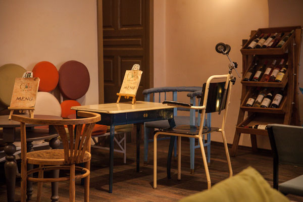 Colaj Cafe, Brasov, Transylvania by Manuel Teicu (10)