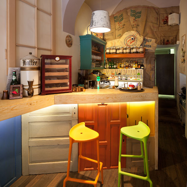 Eclectic coffee shop design in the heart of transylvania for Kitchen design shops