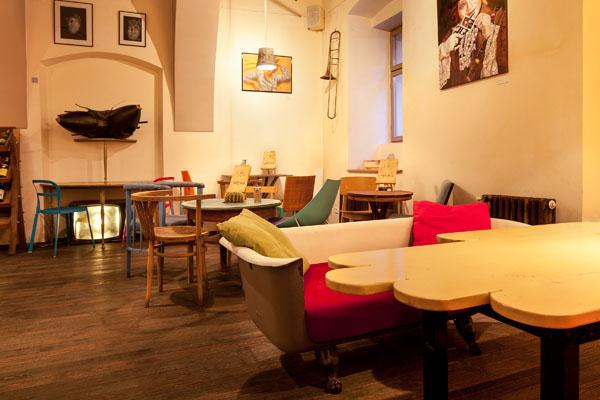 Colaj Cafe, Brasov, Transylvania by Manuel Teicu (3)