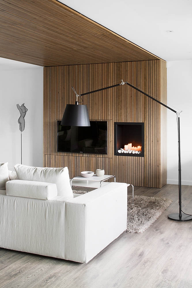 Cozy fireplace idea in the living room