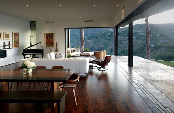 Elegant Pianos in Wonderful Homes (13)