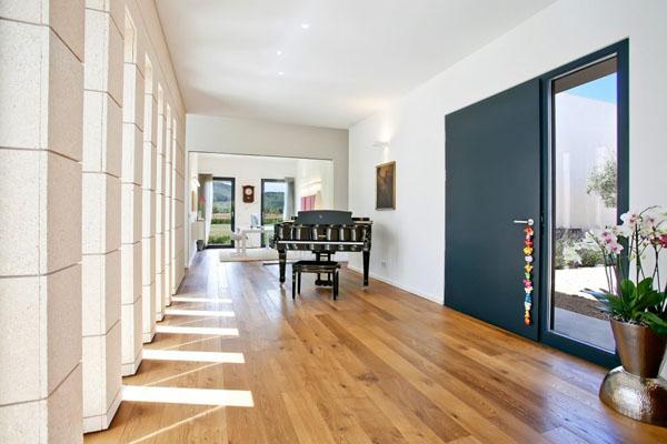 Elegant Pianos in Wonderful Homes (9)