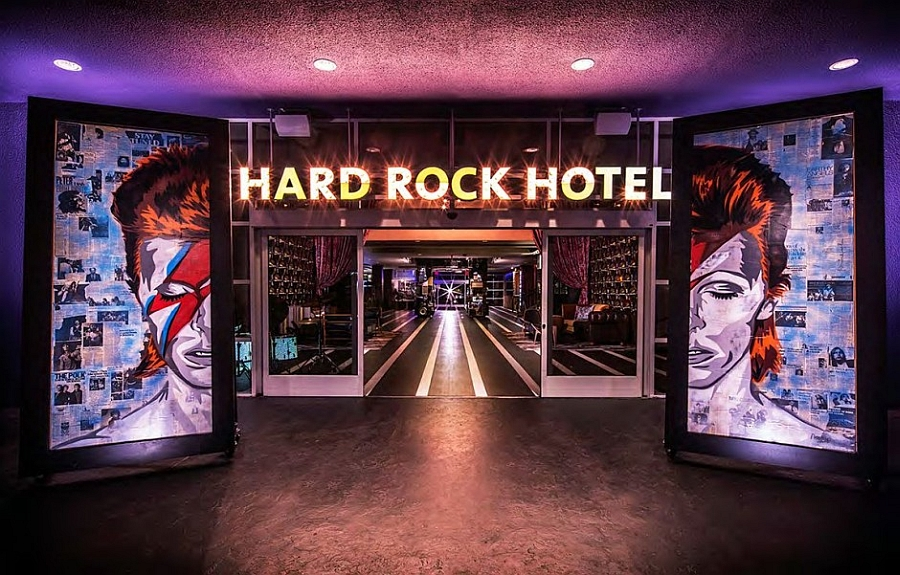 Entrance to the stylish Palm Springs Hotel Let The Good Times Roll At the Dazzling Hard Rock Hotel In Palm Springs!