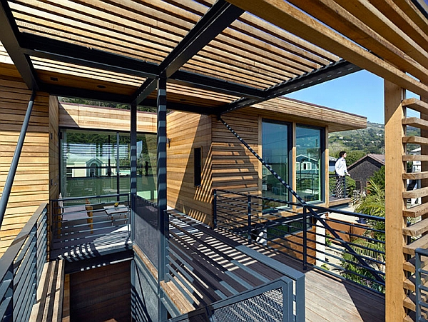 Exposed steel bars give the home an industrial look