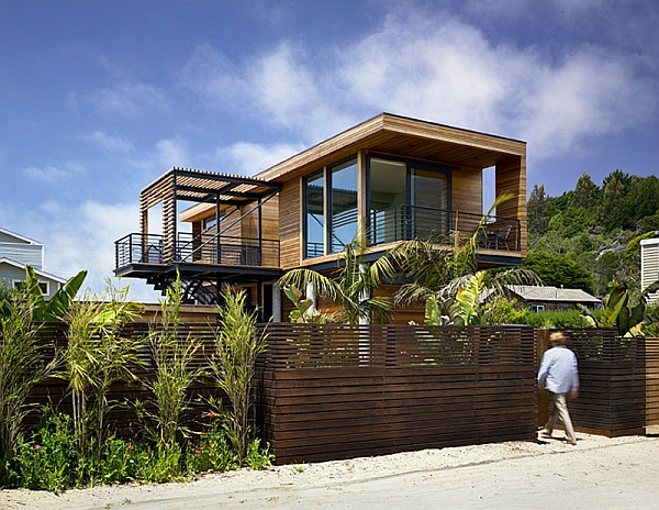 Flood-Proof House with steel frame structure in Stinson Beach, California