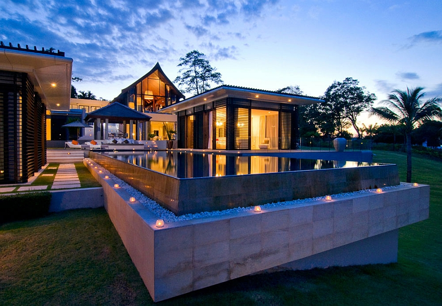 Goregous villa in Thailand at dusk