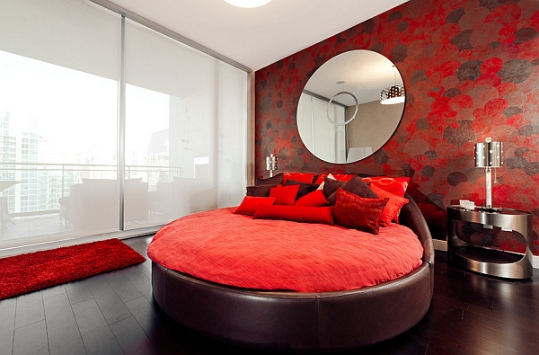 Gorgeous round bed idea