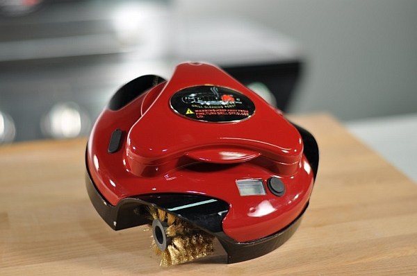 Grillbot robot in Red