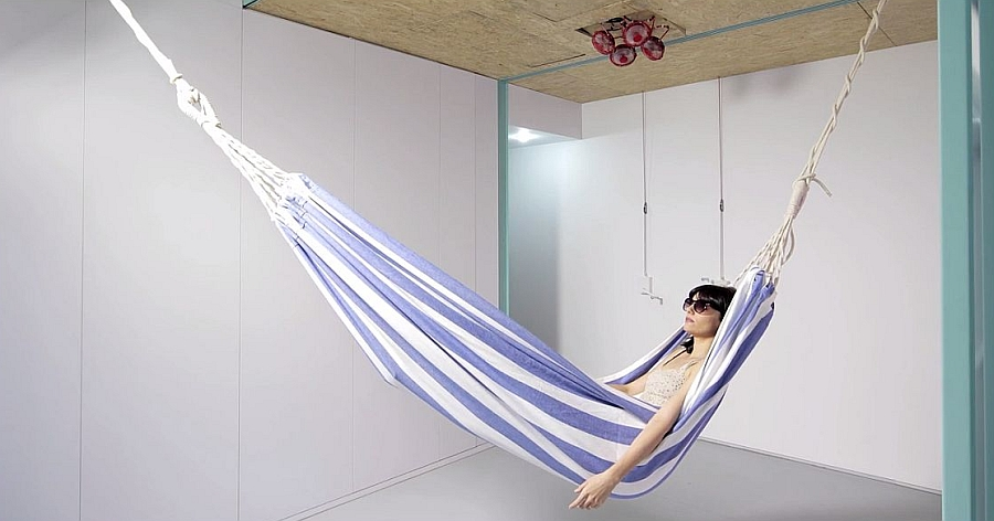 Hang a cool Hammock in the living room with style
