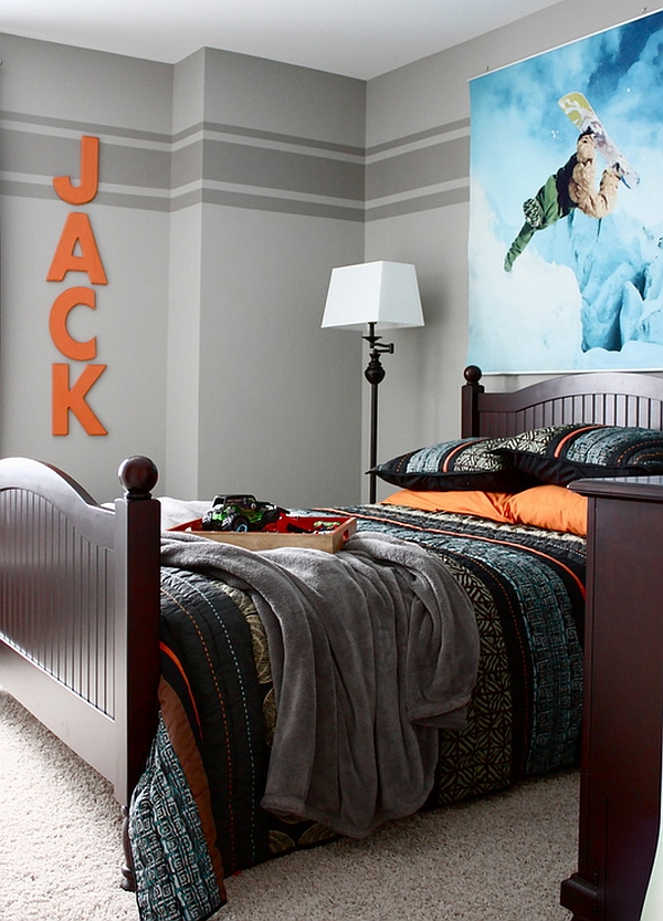 Kids' bedroom with exciting snowboarding image on the wall