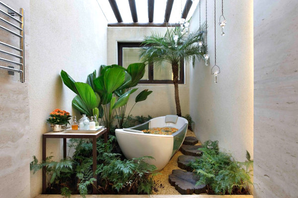 The best bathroom plants for your interior for Small tropical bathroom design