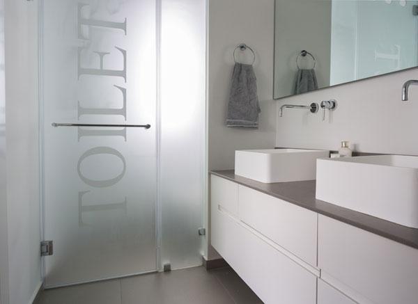 Luxurious modern bathroom design in white