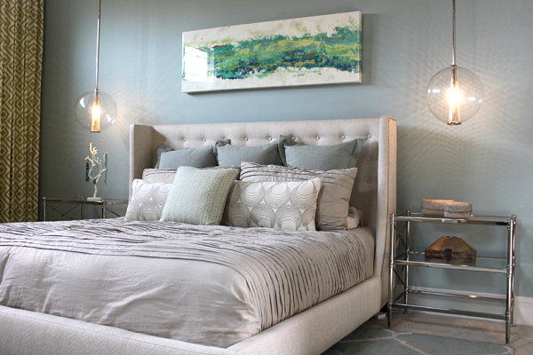 5 easy bedroom makeover ideas for Bedroom hanging lights