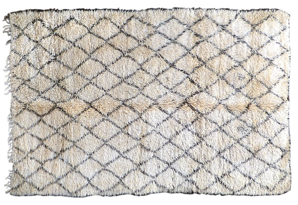10 New Patterned Rugs For A Stylish Interior