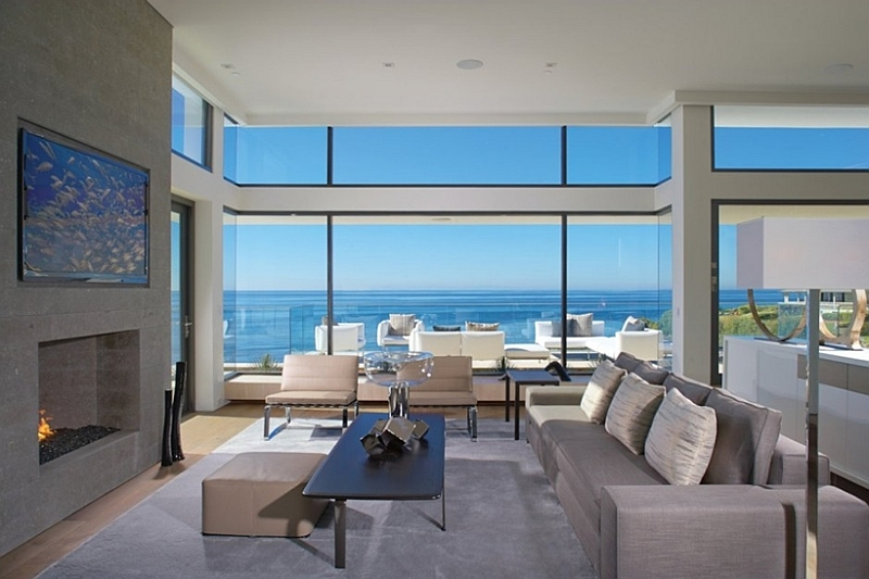 Incredible beach house in california brings the ocean indoors for Modern house view