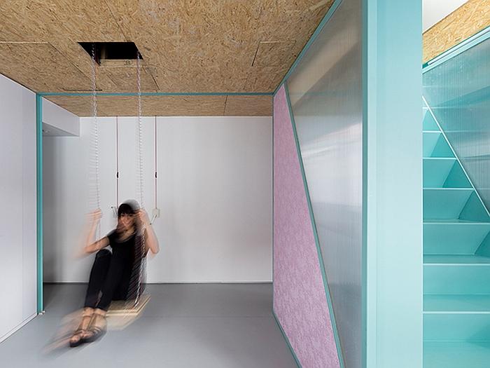 Space saving modern loft - Secret keys contemporary living room design ...