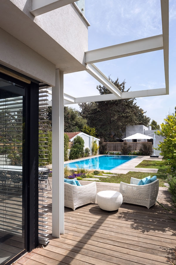 Poolside deck space with posh seating