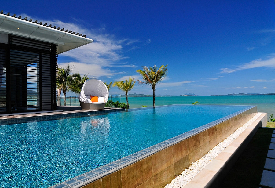 Private villa in Thailand with fabulous beach views