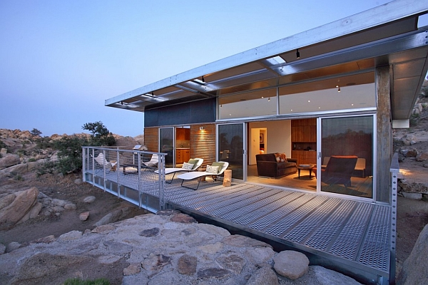 Rock Reach House by o2 Architecture Metallic Structure Homes With Stunning Design & Function