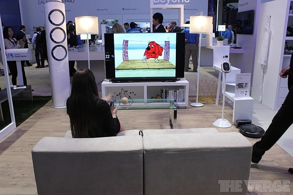 Samsung smart home model on display at CES 2014