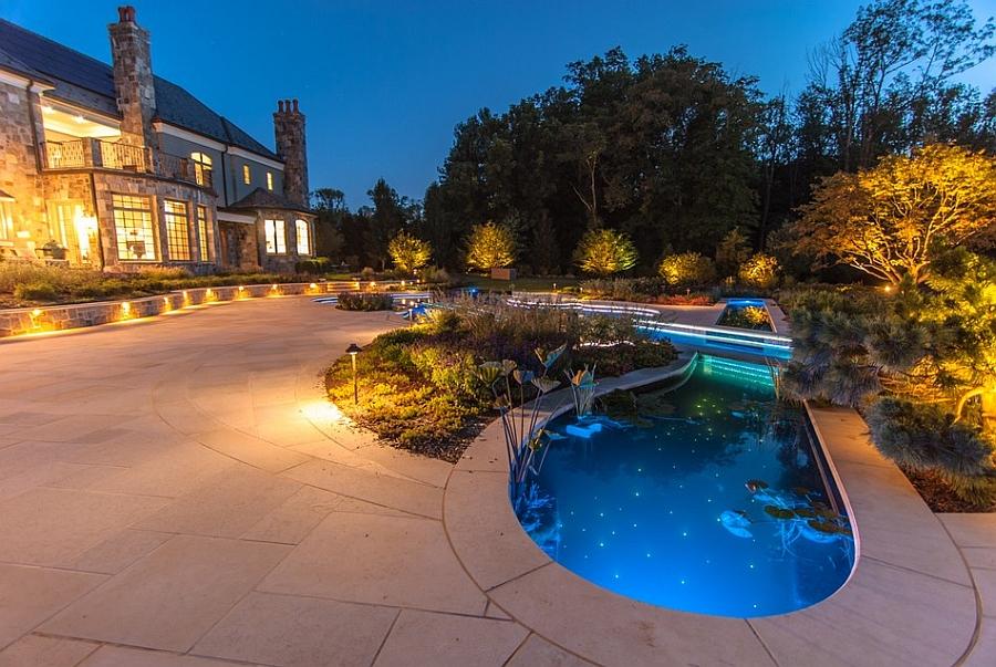 Star-like LED lights inside the pool