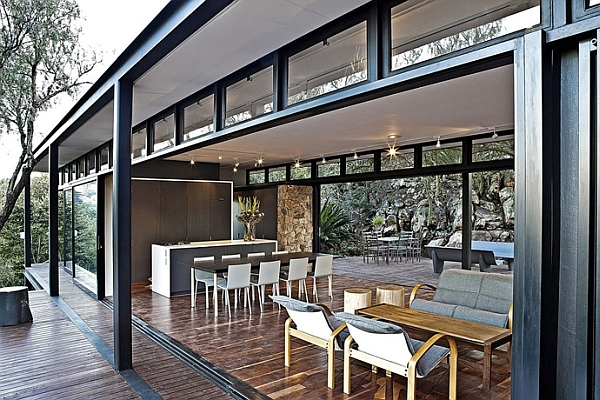 Steel-framed pavillion offers the perfect retreat