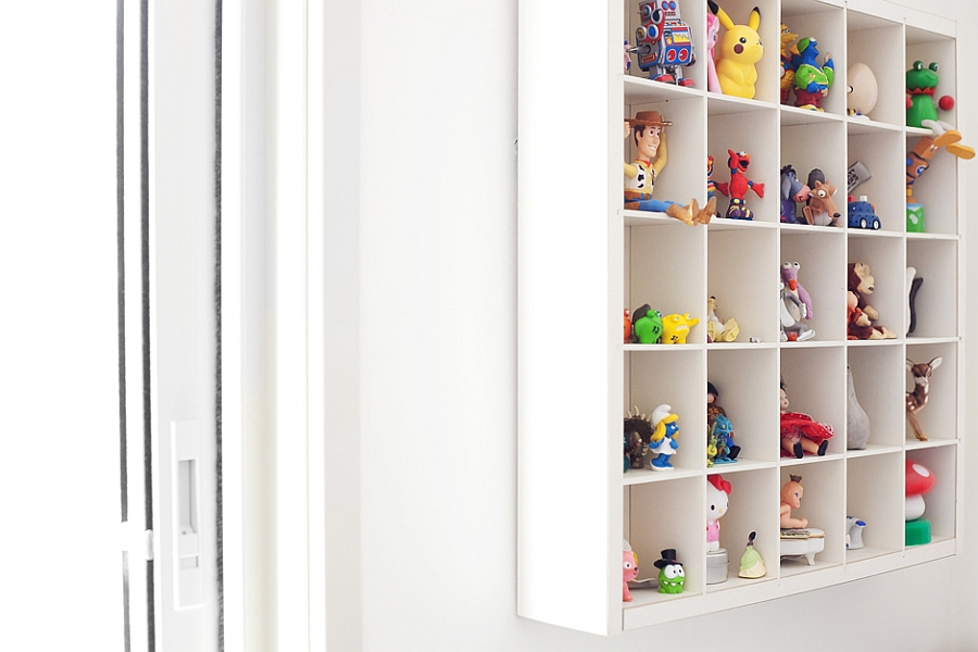 Storage and display idea for kids' toys
