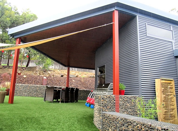 Sturdy steel structure of the prefab home
