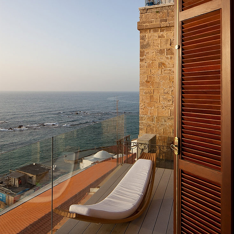 Terrace with sweeping views of the stunning Mediterranean Sea