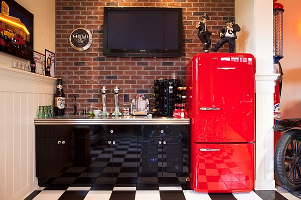 The retro look is even more appealing in a kitchen!