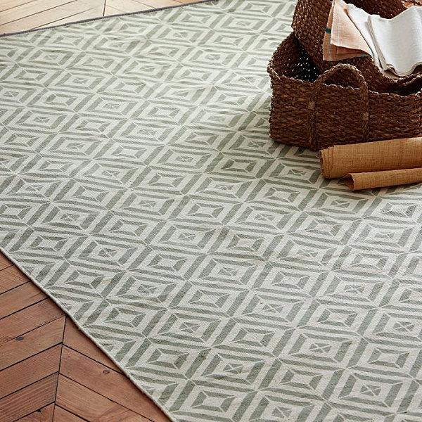 Tile-pattern dhurrie rug