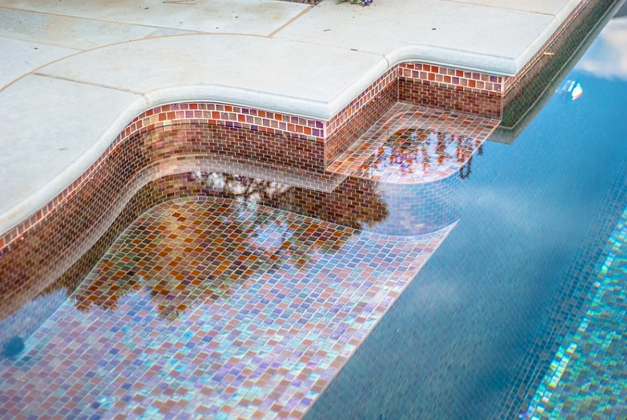 Tiling idea for a modern pool