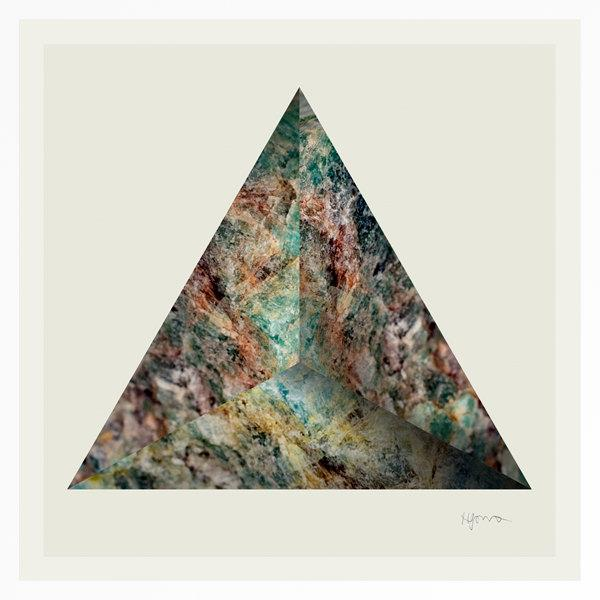 Triangular mineral print