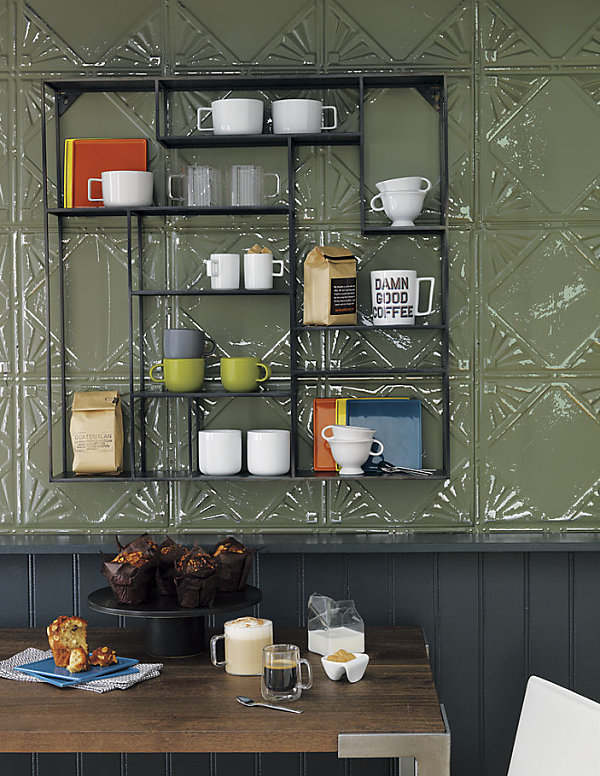 Restaurant Shelf Decor : Wall decor ideas for a cool dining room