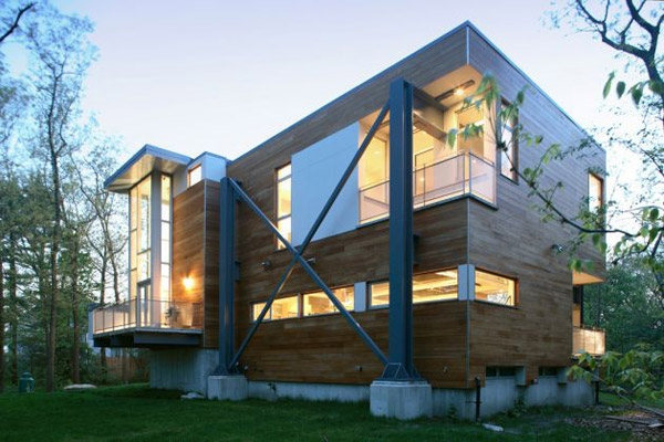 recycled-house with repurposed-steel and concrete