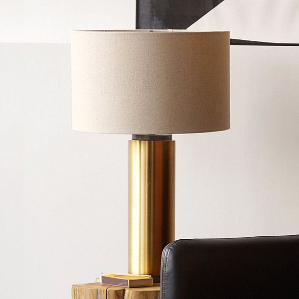 Brass pillar lamp