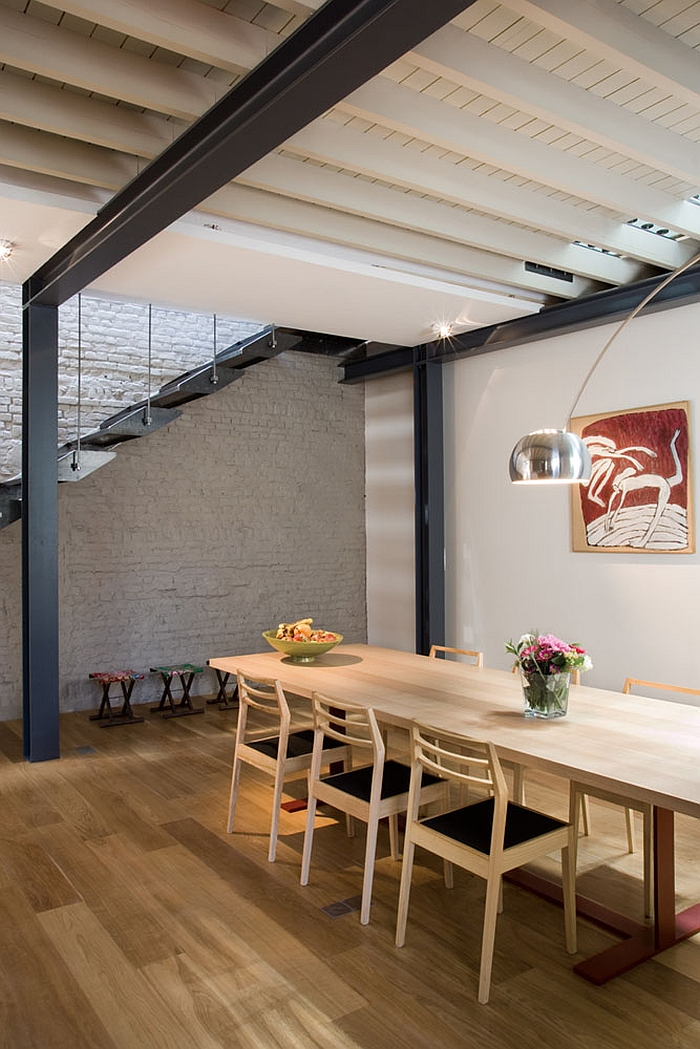 Contemporary neutral shades combined with an industrial interior